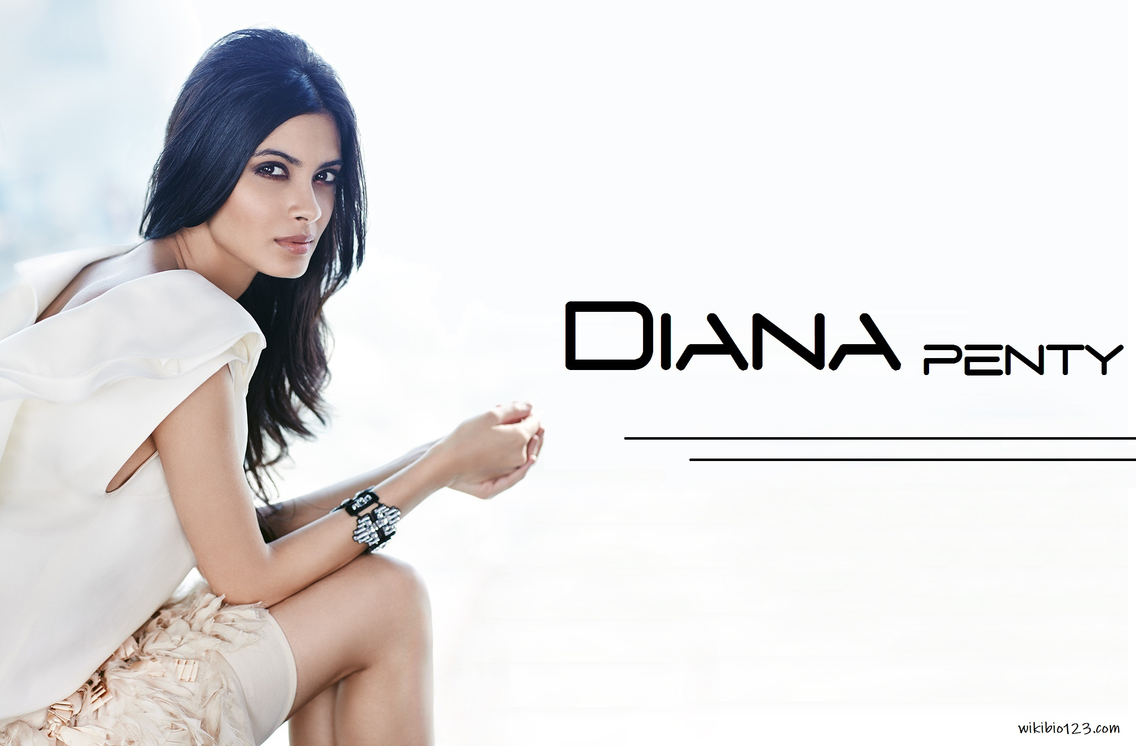 Diana Penty wiki Bio Age Figure size Height HD Images Wallpapers Download