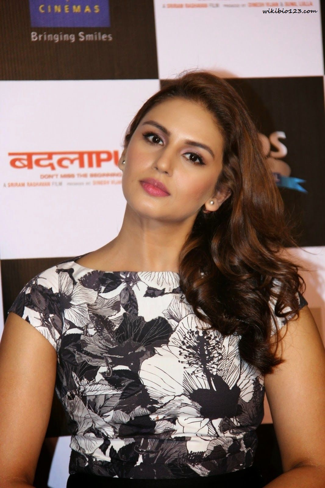 Huma Qureshi wiki Bio Age Figure size Height HD Images Wallpapers Download