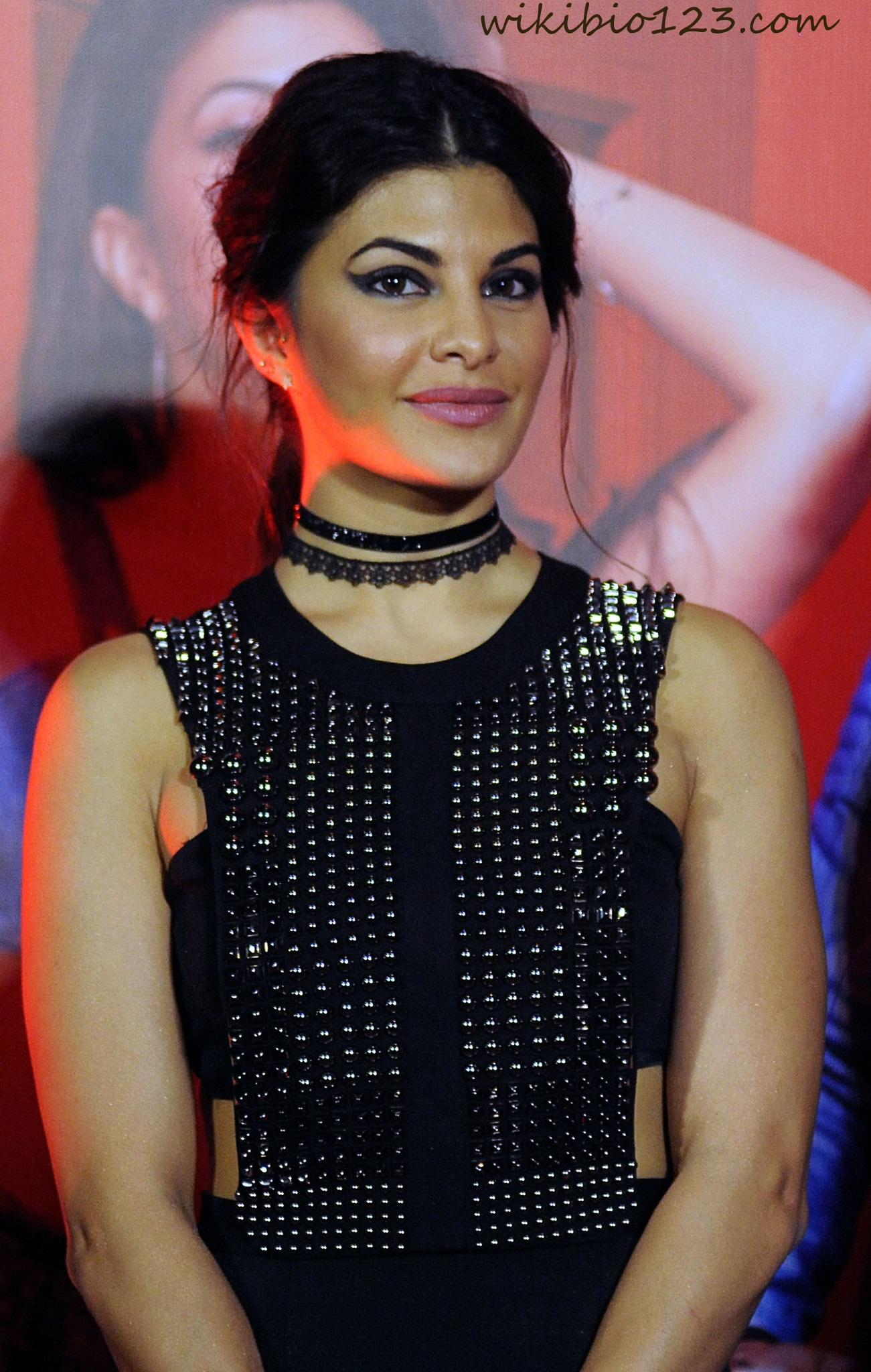 Jacqueline Fernandez wiki Bio Age Figure size Height HD Images