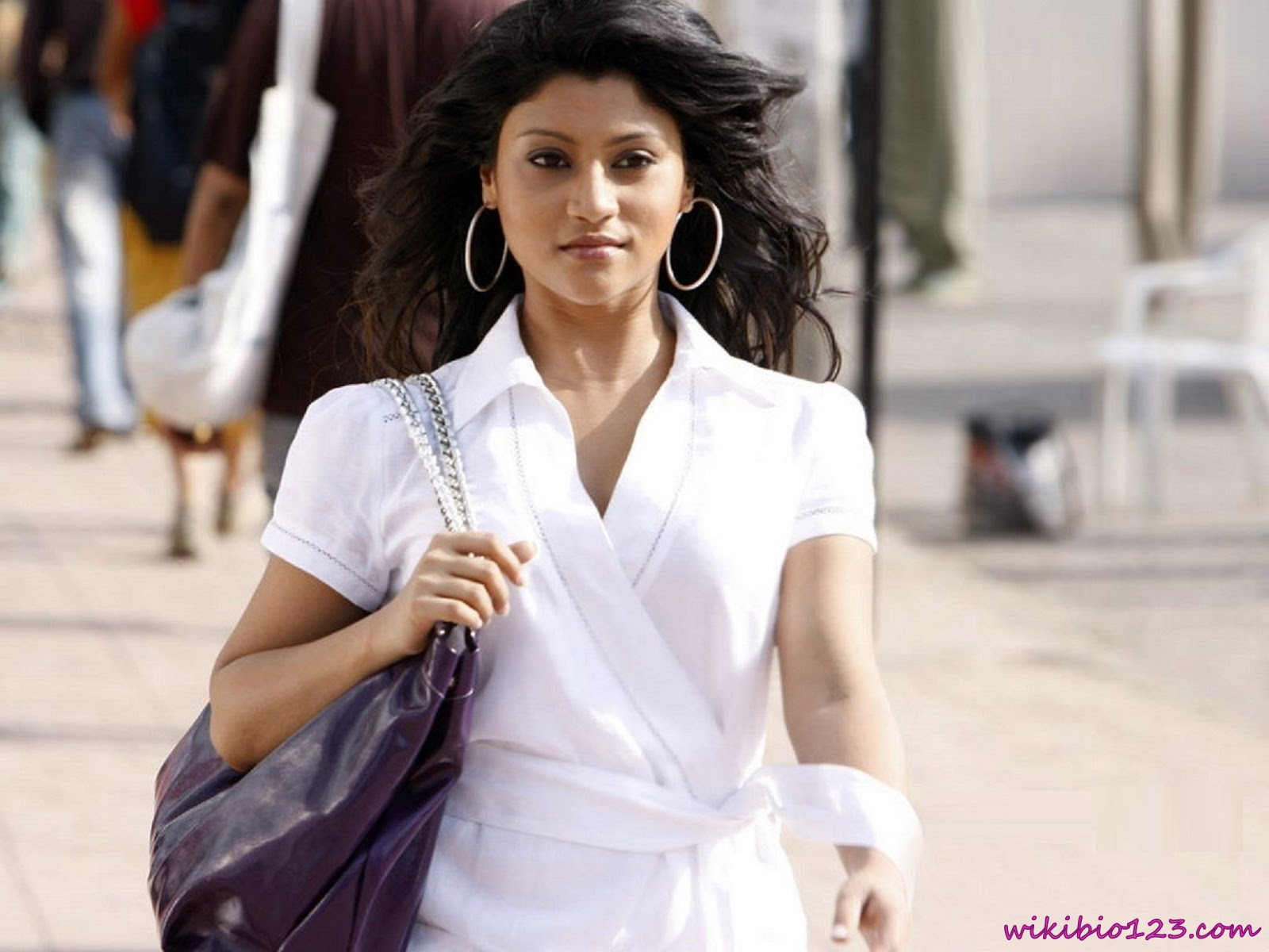 Konkona Sen Sharma wiki Bio Age Figure size Height HD Images Wallpapers Download