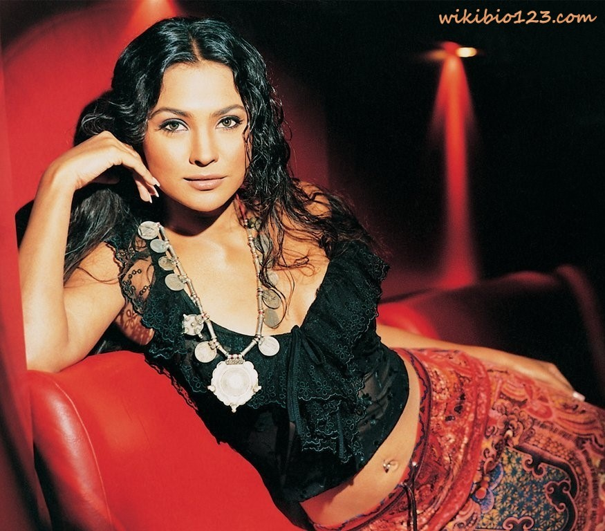 Lara Dutta wiki Bio Age Figure size Height HD Images Wallpapers Download