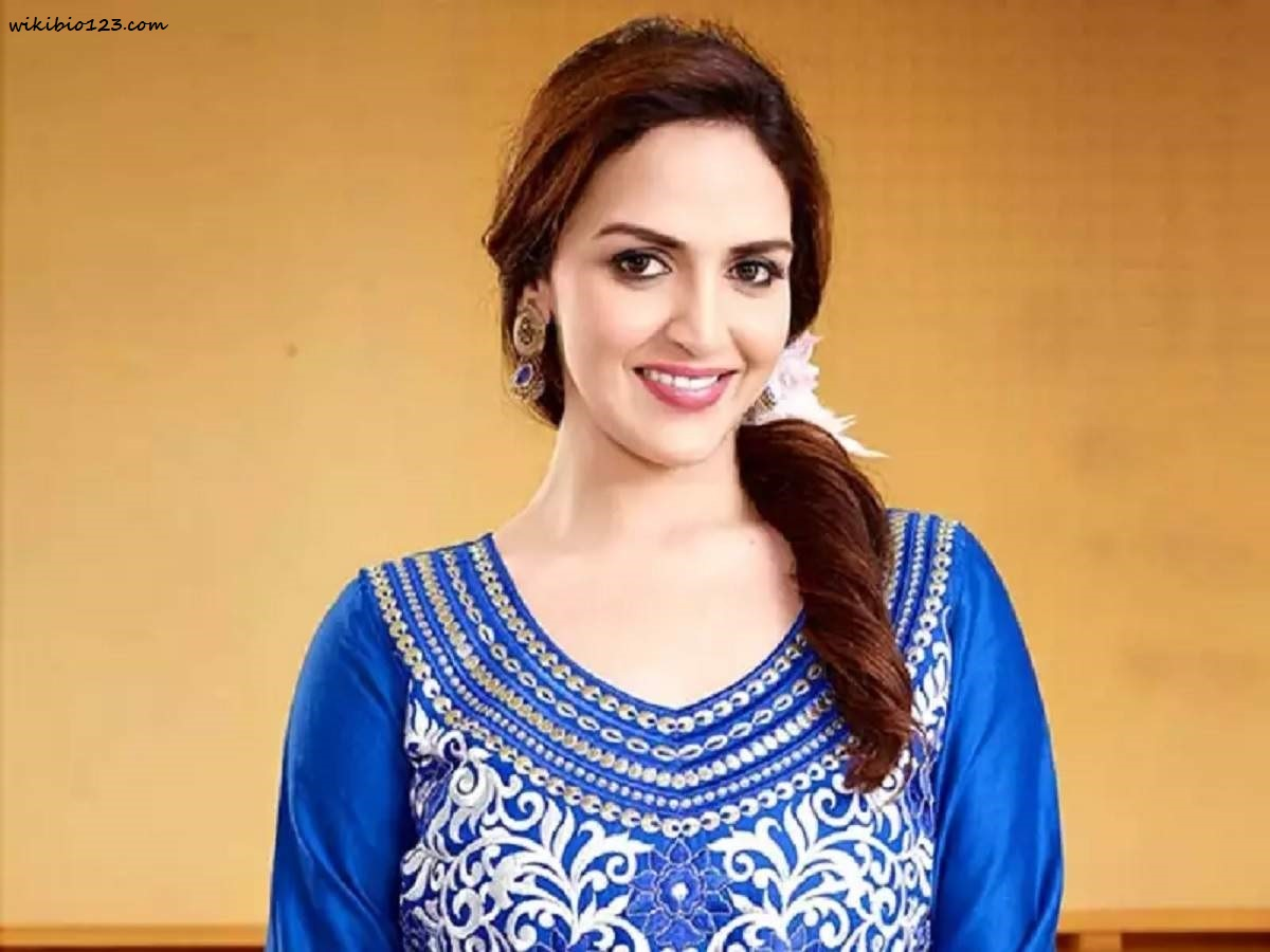 Esha Deol HD Images Wallpapers Download