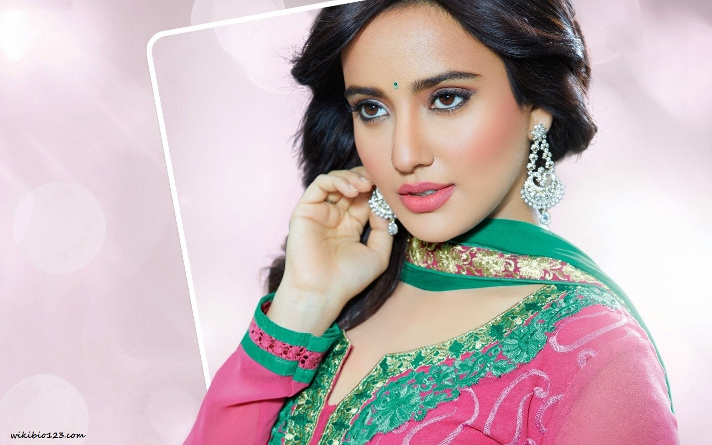 Neha Sharma wiki Bio Age Figure size Height HD Images Wallpapers Download