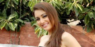 Preeti Jhangiani wiki Bio Age Height Hobby Achievements Friends Family HD Images Wallpapers