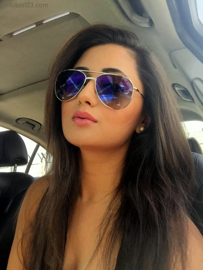 Rashami Desai Wiki Bio Age Height Fitness Hobbies