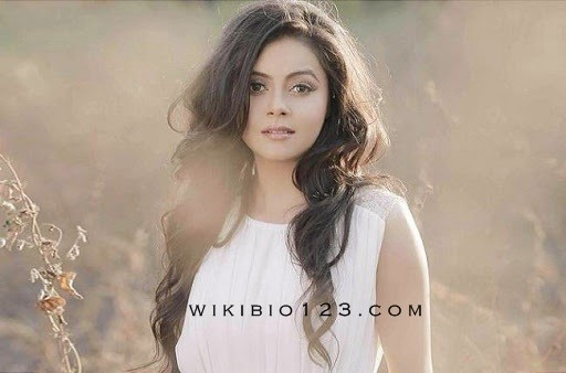 Devoleena Bhattcharjee wiki Bio Age Figure Size Height Affairs HD Images Wallpapers