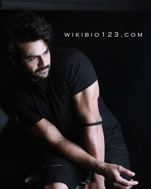 Vishal Aditya Singh wiki Bio Age Body Fitness Height Affair HD Image Wallpaper