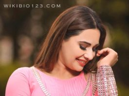 Mandy Takhar HD Images Wallpapers Photos